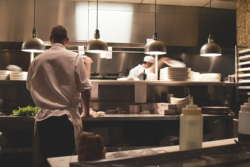 Making Your Small Eatery A Full Scale Restaurant